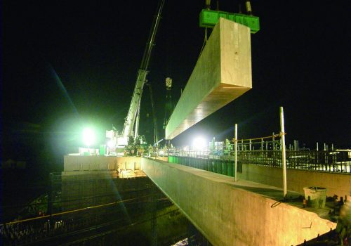東小泉~竜舞間太田跨線橋新設工事のうち土木関係工事