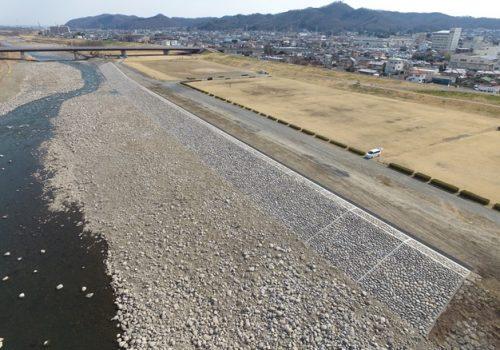 三吉町上流災害復旧工事